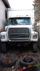 Parting out ford l 8000