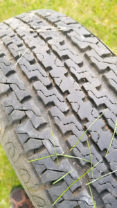 Trailer tire on rim 205 75 14 - great tread