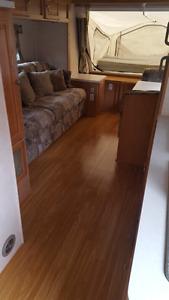 2006 Forest River Shamrock $9000