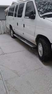 07ford e 350 with side   wheelchair  lift
