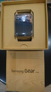 SAMSUNG GEAR S AND LIVE FOR SALE