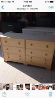 6 DRAWER BLONDE DOUBLE DRESSER WITH MIRROR