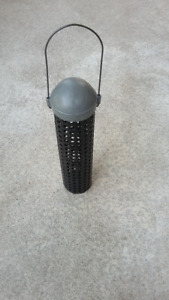 Bird Feeder All Metal for Peanuts and Sunflower Seeds