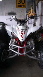 Mint condition Yamaha yfz 450 lots of upgrades low low hours