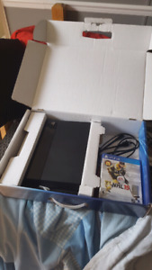 PlayStation 4 Jet black 500GB with 5 games