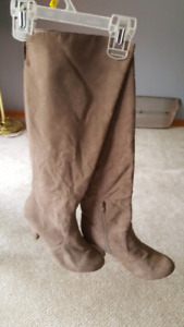 brown boots very comfortable to wear size 7
