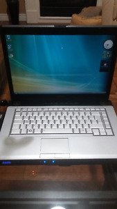 Toshiba Satellite A200 2GB RAM Windows Vista Home premium