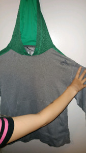 Large Adidas sweater, green and gray