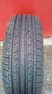 pneu d'été Jinyu-YH12 neuf 215-60R16