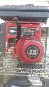 New Briggs & Stratton 3.5HP Engine