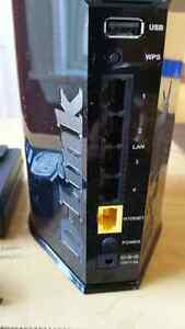 D-Link Cloud Router in excellent working and cosmetic condition. St. John's Newfoundland image 6