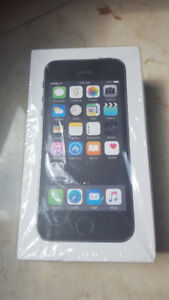 Iphone 5S, 16GB,  Gray colour, Unlock, Never used