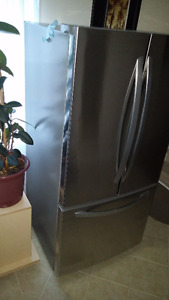 Refrigerator LG-LFC24786ST-french-3-door with broken compressor!