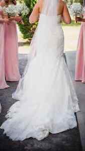 Lace and beaded fit and flare ivory wedding dress Kingston Kingston Area image 4