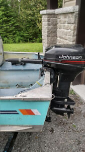 1994 Johnson 15hp with 6 Gallon Gas tank and Gas line