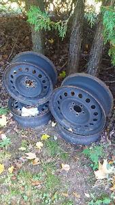 roues d'acier Mazda3