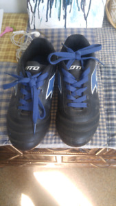 Boys size 2 soccer cleats and size M shin pads