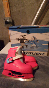 LIL ANGEL GIRLS SKATES  size 8/9