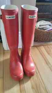 Sz 6 hunter boots