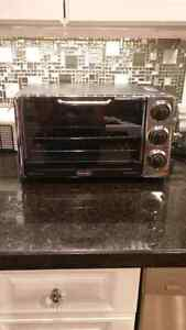 DeLonghi Convection Toaster Oven with Broiler and Rostisserie Cambridge Kitchener Area image 5