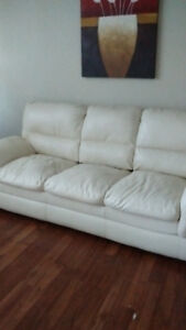 Cream colour Leather couch good condition