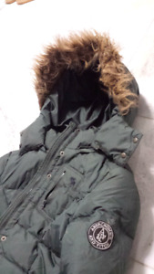 Abercrombie and Fitch winter jacket women girls xl looks small