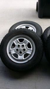 Winter Tires 215 / 70R16