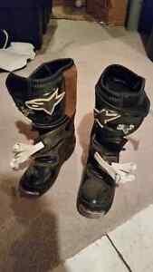 Alpinestars Motocross Boots kids Size 2. New condition.