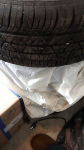 "Honda Civic Set of 4 tires with 15""rims, 5 bolts - Summer tires"