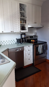 Dorval 4 1/2 Condo for rent MARCH 1st