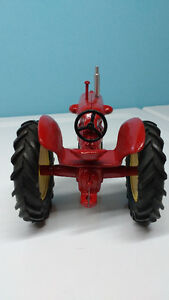 Cockshutt 30 toy tractor Windsor Region Ontario image 5