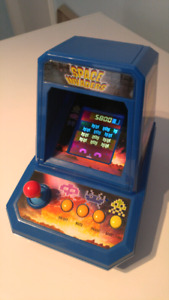 Space Invaders Mini Tabletop Arcade