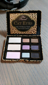 Two Faced Cat Eye Palette