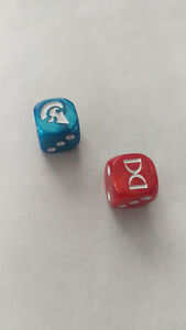 Pair of Pearled Game Dice d6