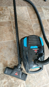 Bissel powerforce vacuum works great