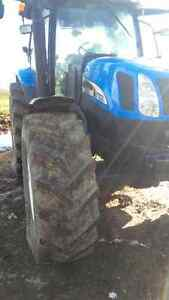 NH TS125A MFWD LOADER TRACTOR 5300 HOURS Kitchener / Waterloo Kitchener Area image 5