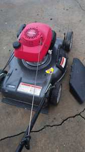 Tondeuse HONDA HRS216 Lawnmower 6HP