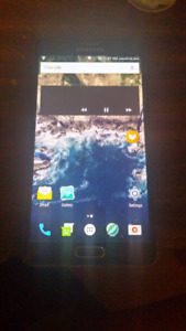 Samsung Galaxy Note 4 32 gb 8/10 condition $100 or best offer