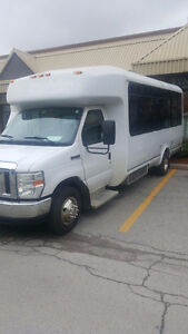 2010 Ford 21 SEATER BUS - LOW PRICE