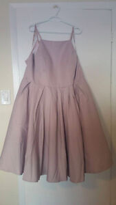 Plus Size Midi-Length Lilac Formal Dress