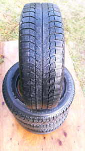 Snow Tires on Rims 215/60/R16
