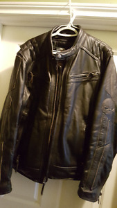 HD 3 vent system leather motorcycle jacket, like new.