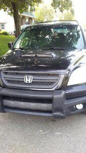 Honda Pilot 2004 impéccable très propre