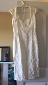 Le chateau white dress - size small. Worn once