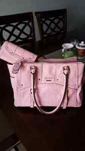 BRAND NEW GUESS PURSE WITH MATCHING WALLET