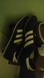 Adidas cleats womens size 9