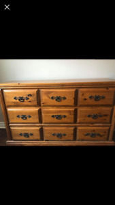 5 Piece Pine Bedroom Set