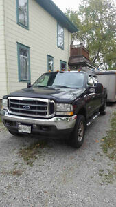 2004 Ford F-250 Lariat package Pickup Truck Sarnia Sarnia Area image 2