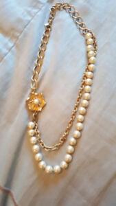 GIRLS STELLA AND DOT NECKLACE