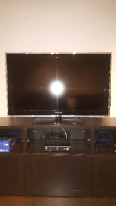 "Samsung 40"" lcd 1080p excellent condition"